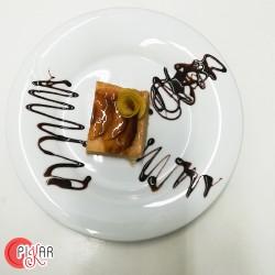 TARTA DE MANZANA en menú...